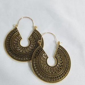 Women Vintage Earrings